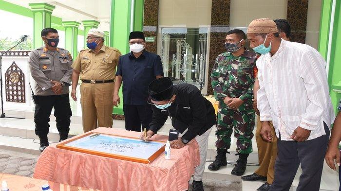 Hadiri Peresmian Masjid Al Falah, Sekcam Iskandar Ucapkan Terima Kasih Kepada Para Donator