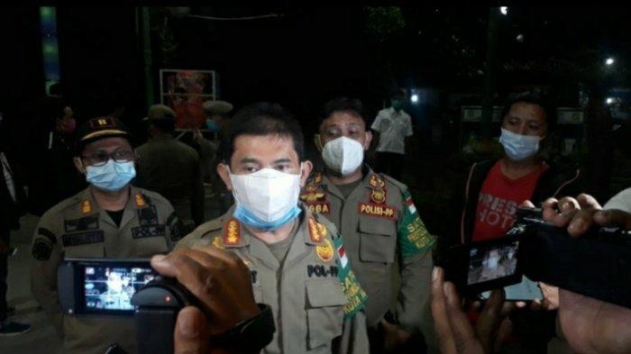 Satpol PP Kota Medan Bubarkan Paksa Kerumunan di Lapangan Merdeka