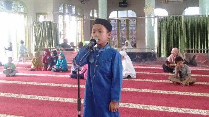 PT. Indako Trading Coy Gelar Safari Ramadan, Puluhan Anak Antusias Ikut Lomba Azan