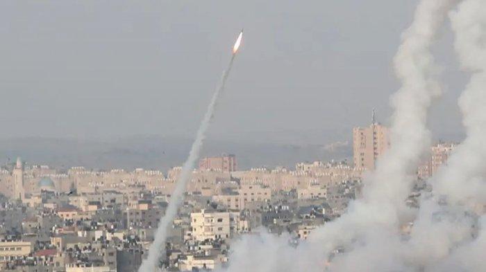 Roket diluncurkan dari Jalur Gaza