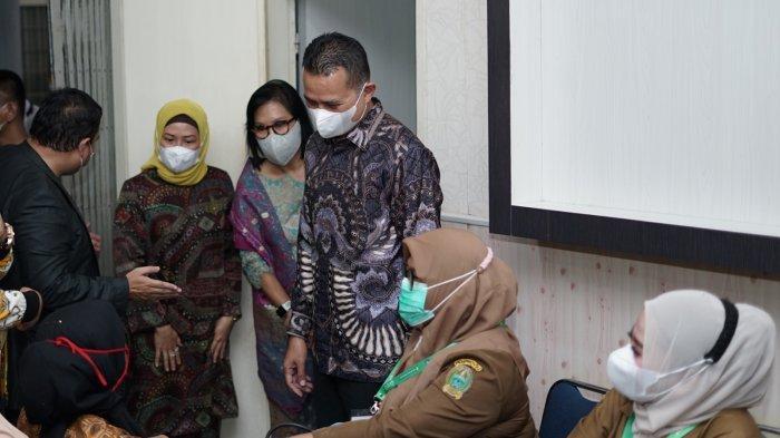 TP-PKK Sumut dan Grab Targetkan Vaksinasi3.000 Lansia hingga Pekerja Sektor Publik sektor