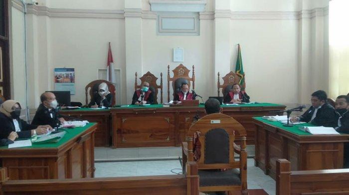 Jual Beli Jabatan di Kemenag Sumut, Hakim Cecar Hubungan Kepala MAN 8 dengan Para Terdakwa