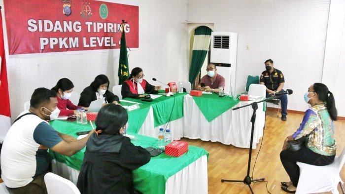 Puluhan Orang Pelanggar PPKM Darurat dan PPKM Level 4 di Kota Medan Jalani Sidang Tipiring