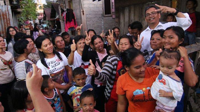 Sihar Sitorus Dengarkan Keluhan Keluarga Penerima Manfaat PKH di Sibolga dan Tapanuli Tengah