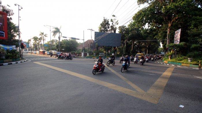 Arus Lalu Lintas di Simpang Juanda - Imam Bonjol Lancar