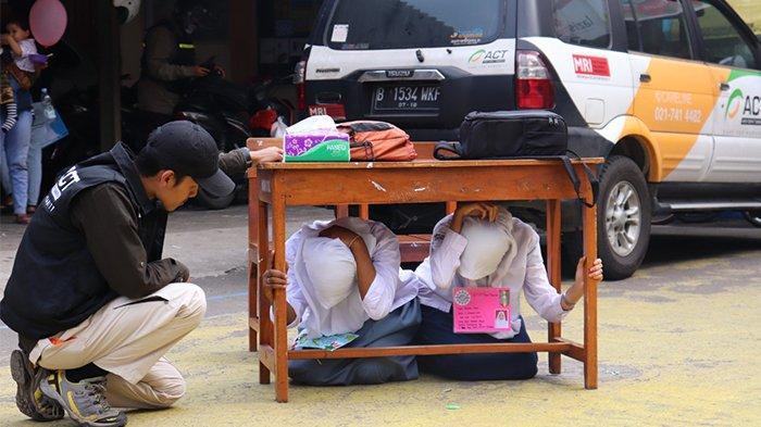 Gempa Guncang Jogja - Bantul (Jawa Tengah) Magnitudo M 5,1 Tadi Malam, Update BMKG