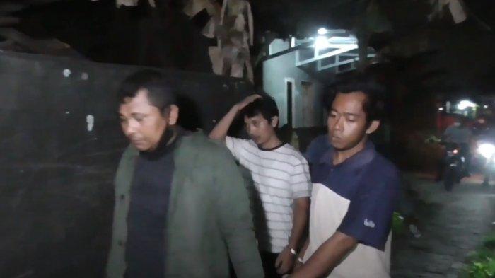 Polisi Gerebek Kampung Narkoba di Sunggal, Pejudi Kabur ke Balik Semak-semak