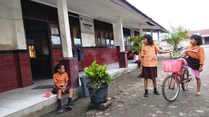 Banyak Pelajar di Medan Utara Malas Sekolah karena Harus Menyeberang Laut