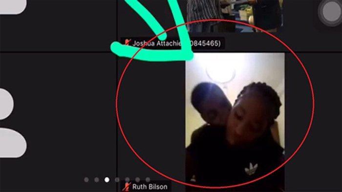 Lupa matikan kamera saat belajar online, siswi ini terekam sedang mesum dengan pacarnya .(eva.vn)