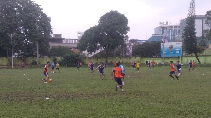 Ditunjuk Manajer PSMS, Ansyari Lubis Siap jadi Pelatih Sementara Paulo Sitanggang Cs