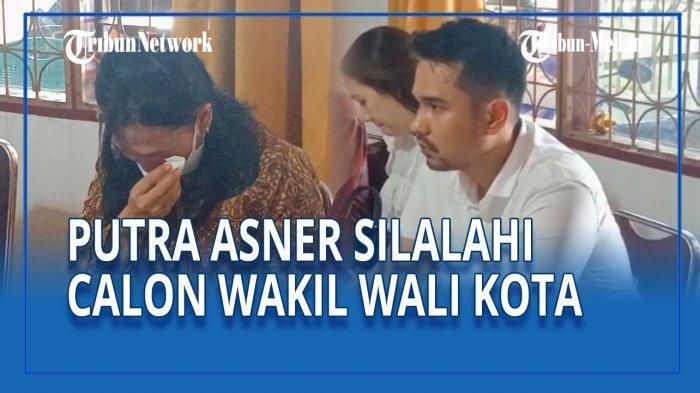 Istri Asner Silalahi Menangis Dampingi Putranya Mendaftar ...