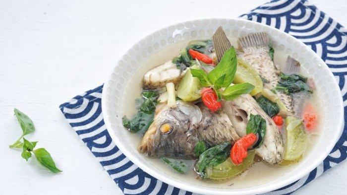 Resep dan Cara Memasak Sop Ikan Kakap Tomat Pedas, Lauk Makan Malam Praktis
