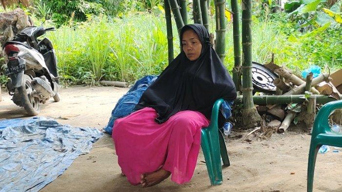 Dewi Menyesal Tanam Bunga Kuburan di Rumah, Tak Sangka Anaknya Meninggal Dibunuh di Malaysia