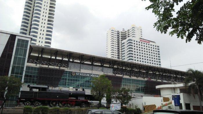 Fakta Menarik Stasiun Kereta Api Medan, Ada Monumen Lokomotif