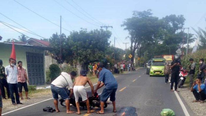 Ya Allah Ya Rab, Pasangan Suami Istri Dilindas Truk di Jalan Parapat Siantar