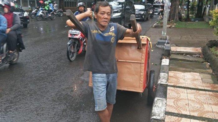 Menohok! Suara 'Wong Cilik' untuk Kaum Pemborong Sembako, Hemat Kepanikan di Tengah Ancaman Corona