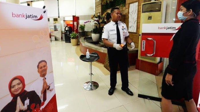 Karyawan Bank Jatim Gelapkan Uang Nasabah Rp 7,7 M Untuk Berfoya-foya