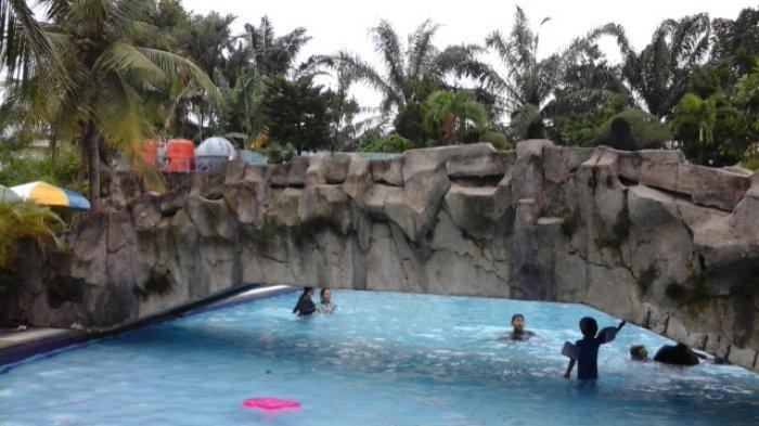 4 Kolam Renang yangAda di Perumahan Medan, Cocok untuk Libur Bersama Keluarga, Segini Harga Masuknya