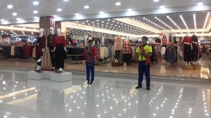 'Saking Sepinya Bisa Main Bola': Store Manager Suzuya Tanjungmorawa Pasrah PPKM Darurat