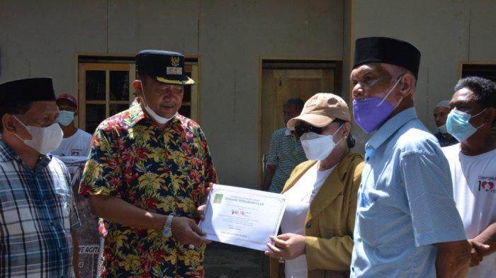 Setelah Renovasi 50 Rumah Warga tak Mampu, Misbakti Dapat Penghargaan dari Pemkab Langkat