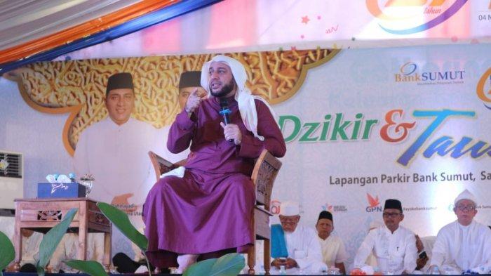 Syech Ali Jaber Isi Taushiah di Bank Sumut
