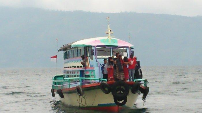 BREAKING NEWS: Kronologi Kecelakaan Kapal Motor RR Marisi di Danau Toba, Dihantam Cuaca Buruk