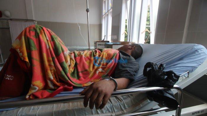 Polisi Tertidur, Tahanan Gergaji Ventilasi dan Melarikan Diri