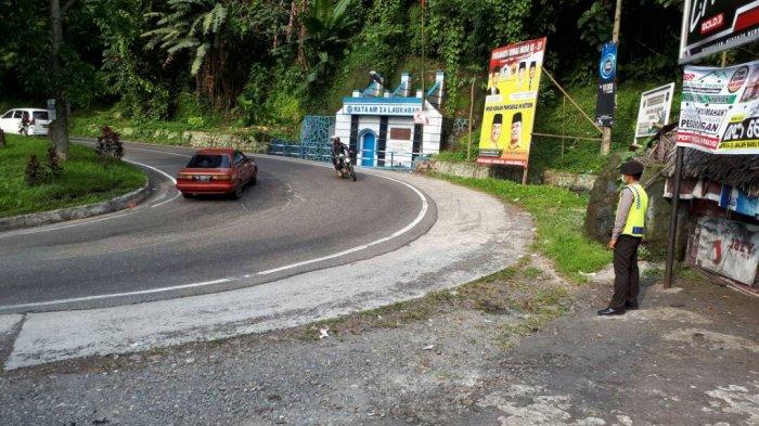 PARADE FOTO: Pengaturan Arus Lalu Lintas di Jalur Wisata - tanjakan-tirtanadi-tribun_20170430_180550.jpg