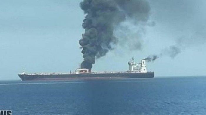 Kapal Tanker Iran Dirudal di Perairan Arab Saudi, Harga Minyak Langsung Melonjak