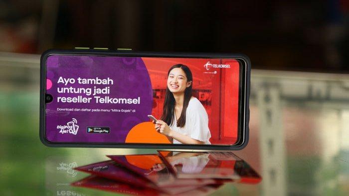 Mitra Usaha Gojek Kini Bisa Jual Produk Telkomsel