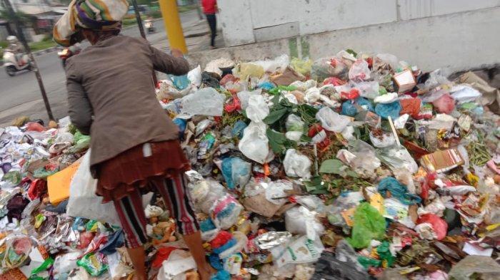 Sampah Menumpuk di Bahu Jalan Medan, SAHdaR Sarankan 5 Langkah Ini!