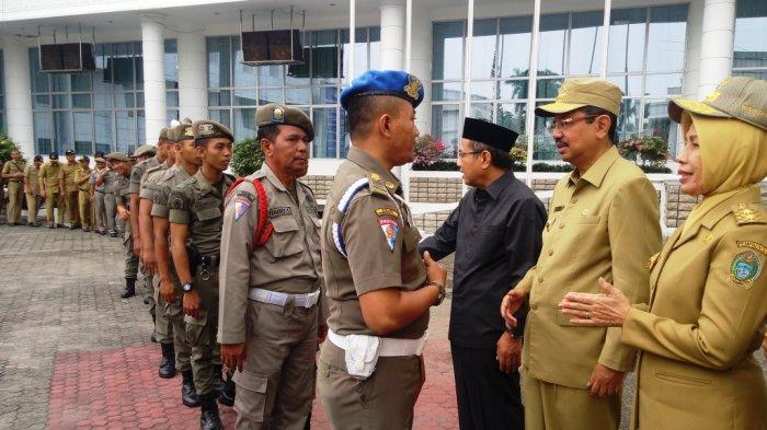SKPD Susah Dikonfirmasi Wartawan, Tengku Erry Lakukan Hal Ini