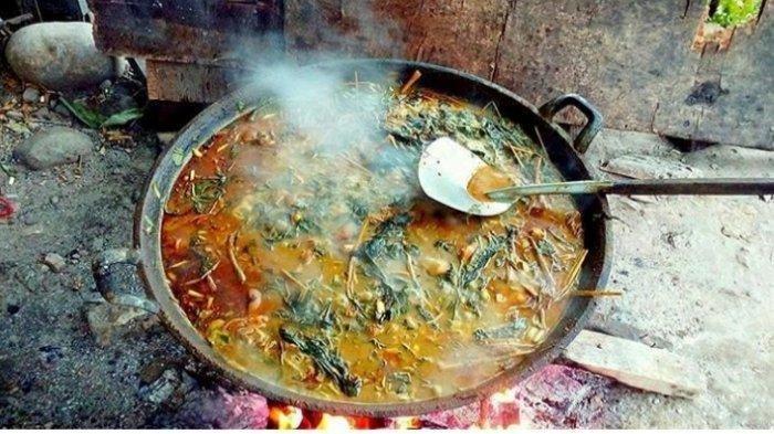 5 Makanan Khas Suku Karo Yang Unik dan Ekstrim