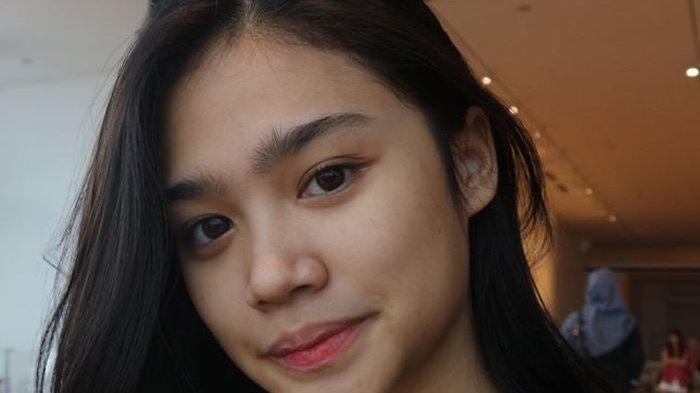 Tiara Savitri putri Mulan Jameela