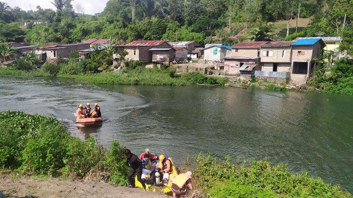 Usai Mancing Naik Perahu Bocor, Iwan Siagian Hilang di Sungai Asahan