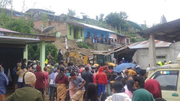 Kabanjahe Dilanda Bencana, Lima Orang Tertimbun Longsor, Tiga Telah Dievakuasi