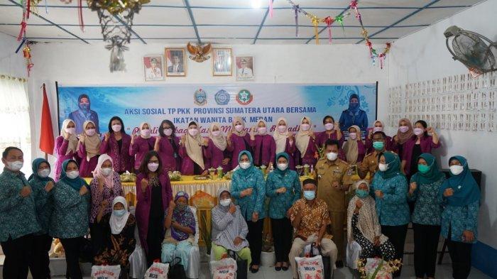 Berbagi Kasih Sambut Ramadhan, PKK Sumut dan IWABA Gelar Aksi Sosial di Hamparan Perak