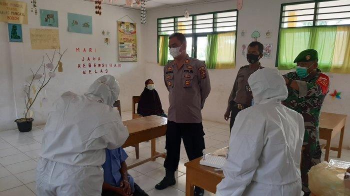 Keluarganya Meninggal karena Covid-19, 6 Orang Beserta Perangkat Desa di Sergai Jalani Test Swab PCR