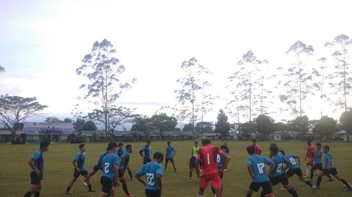 Sempat Latihan Di Luar Daerah, Kesebelasan Karo United Balik Kandang