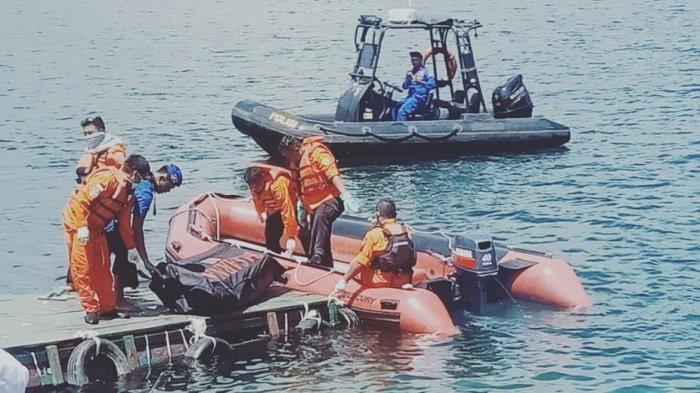 Mengejutkan, Penemuan Mayat Wanita di Perairan Batu Gantung Danau Toba, Basarnas Evakuasi
