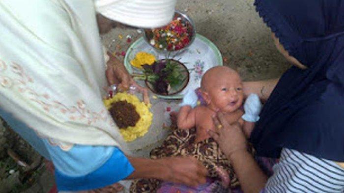 TRIBUN-MEDAN-WIKI: Menilik Tradisi Adat Turun Tanah pada Masyarakat Melayu Langkat