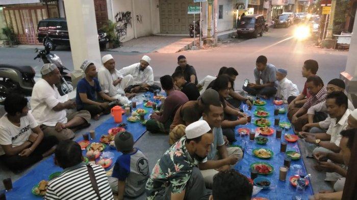 Dampak Corona, Tradisi Makan Kari Kambing Bersama di Masjid India Taj'ul Madras Medan Ditiadakan