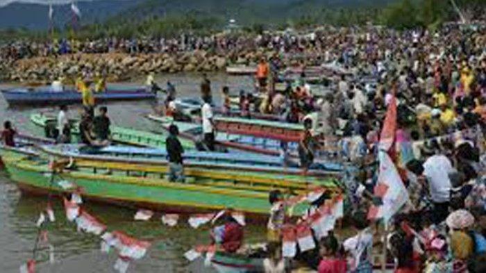 TRIBUN-MEDAN-WIKI: Mengenal Kenduri Laut Tradisi Tahunan di Tapanuli Tengah