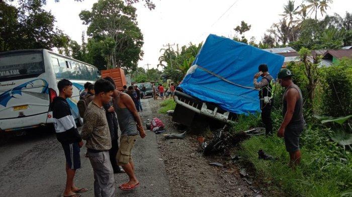 Laga Kambing Tronton vs Sepeda Motor di Jalan Parapat, Satu Warga Medan Meninggal