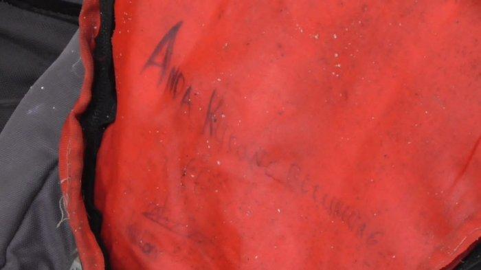 Tulisan Anda Kurang Beruntung Ditemukan di dalam Tas Peneror Bom di Kota Pematangsiantar