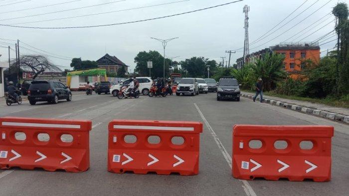 Jelang Malam Takbiran, Polisi Juga Lakukan Tutup Sementara di Beberapa Ruas Jalan Seputaran Marelan