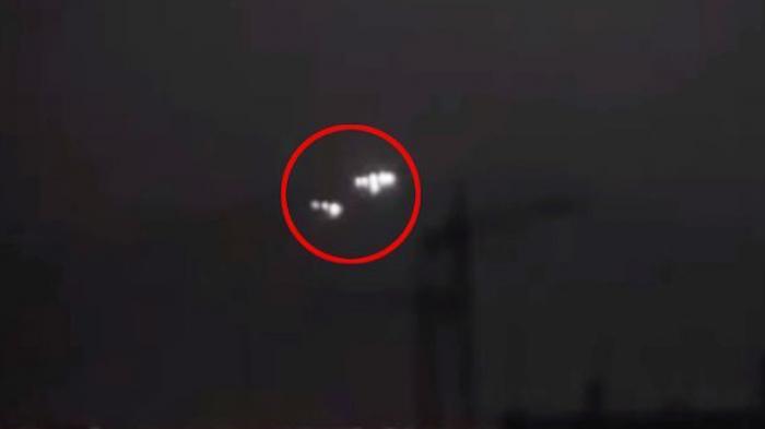 Pentagon Benarkan Video Viral 14 UFO Kerumuni Kapal Perang Angkatan Laut Amerika Serikat