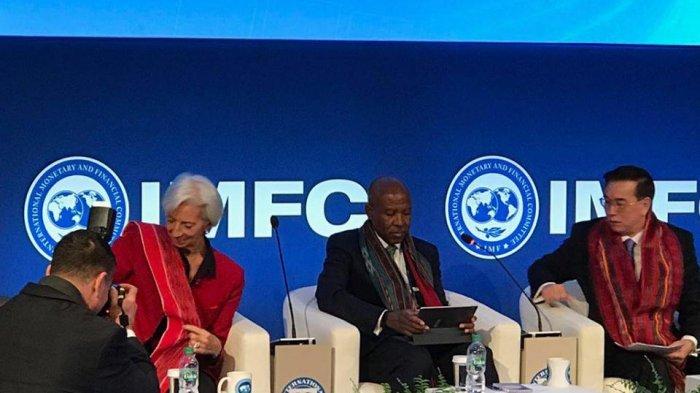 Bikin Bangga, Kain Ulos Dipakai pada Pertemuan Tahunan IMF-World Bank di Washington
