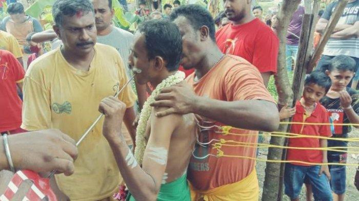 Umat Hindu Rayakan Adhi Maha Puja Saat Pandemi, Kuil Shri Karumariamman Batasi untuk 150 Tamu