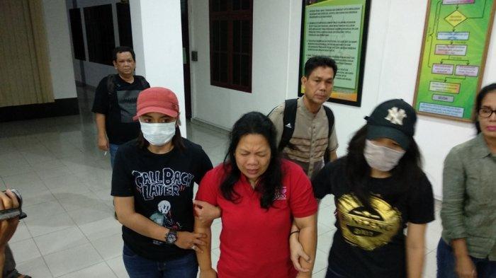 Buronan Koruptor Berulangkali Sebut Nama Tuhan Setelah Ditangkap Jaksa